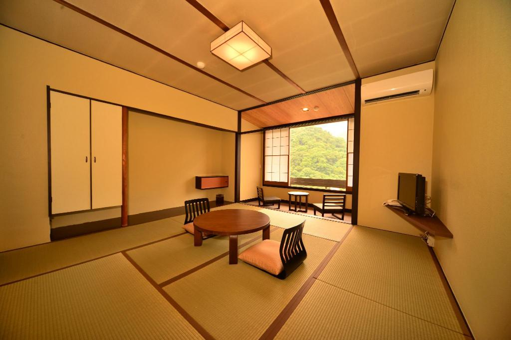 Mountain View Japanese Style Room - Room plan Hatago Kintoen