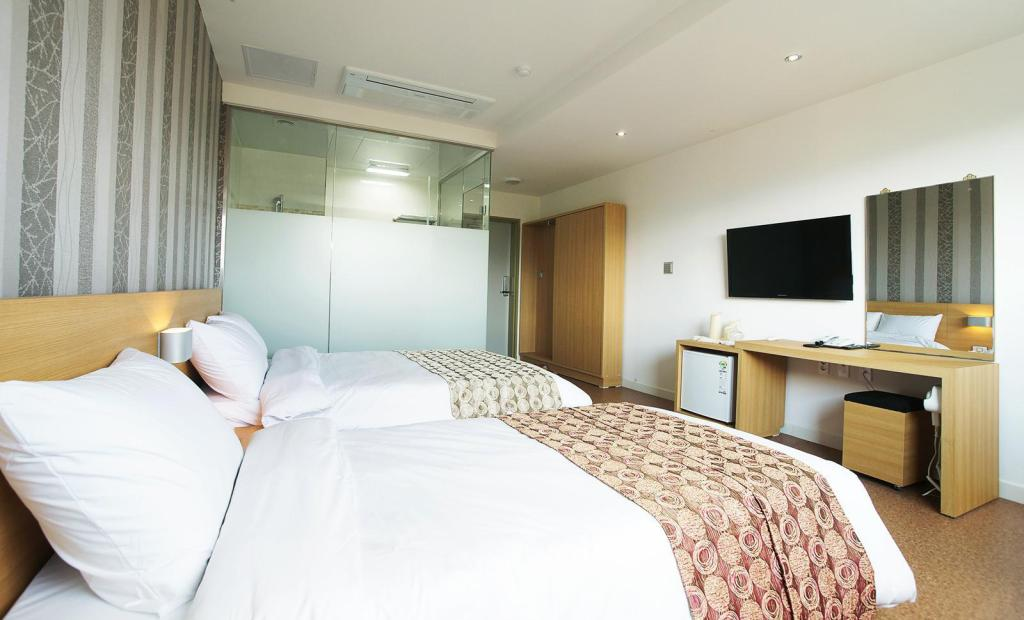 Junior Twin - Bed Ainpeople Hotel