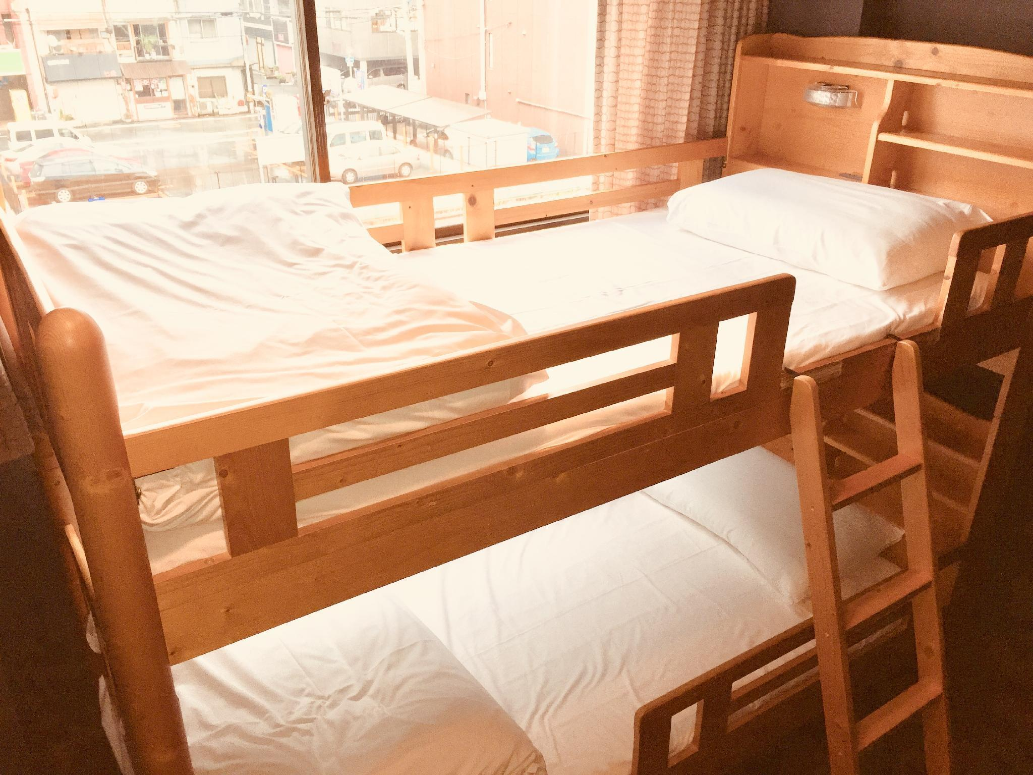 【個室】二段ベッド (Private Room with Bunk Bed)