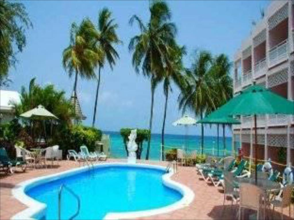 Swimmingpool Sea Breeze Beach House All Inclusive by Ocean Hotels