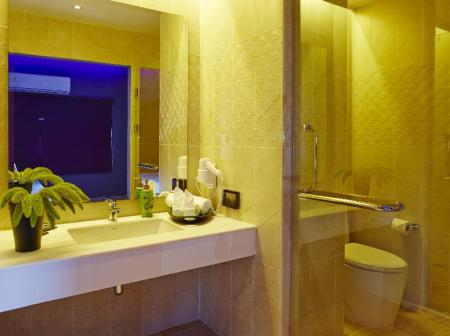 Bathroom Tweet Tweet Nest Pattaya Hotel