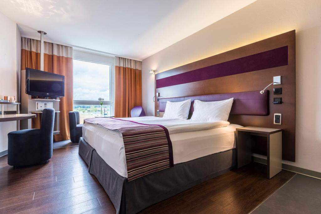 Standardtuba - Vaade Park Inn by Radisson Zurich Airport