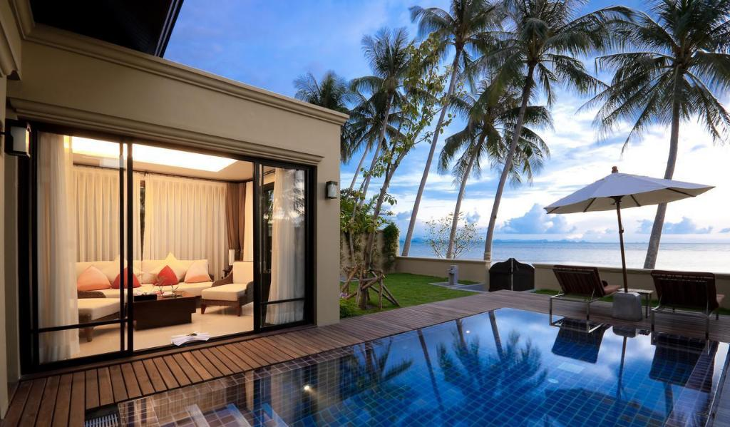 Beachfront Pool Villa