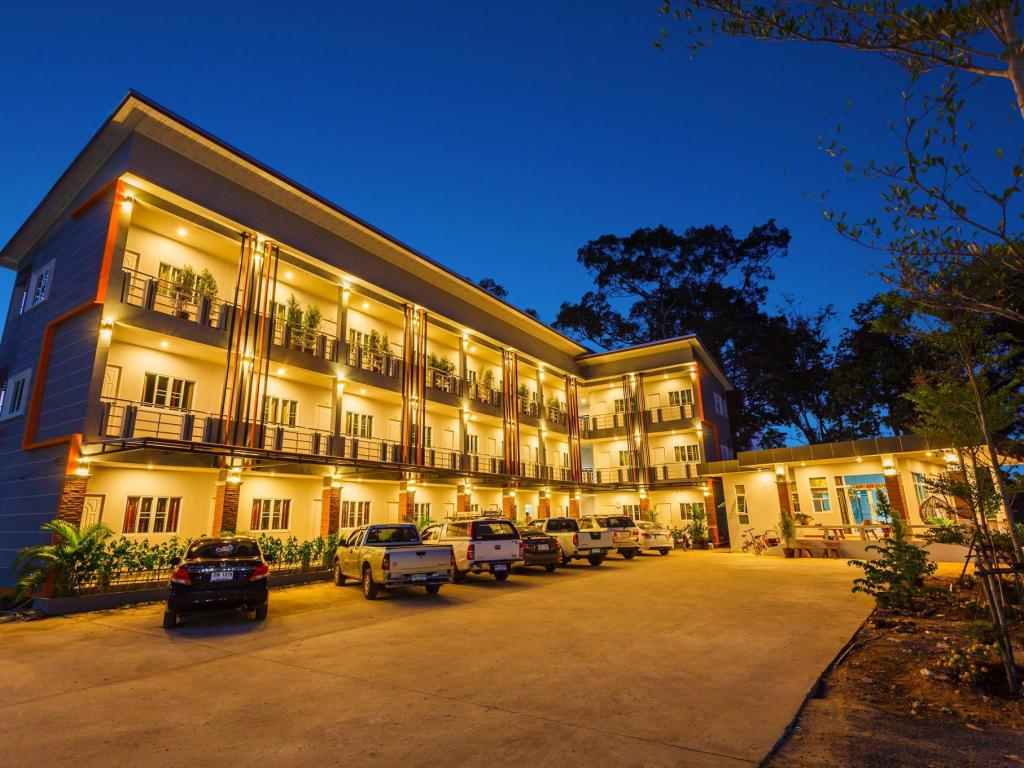 More about Central Park Ville Resort
