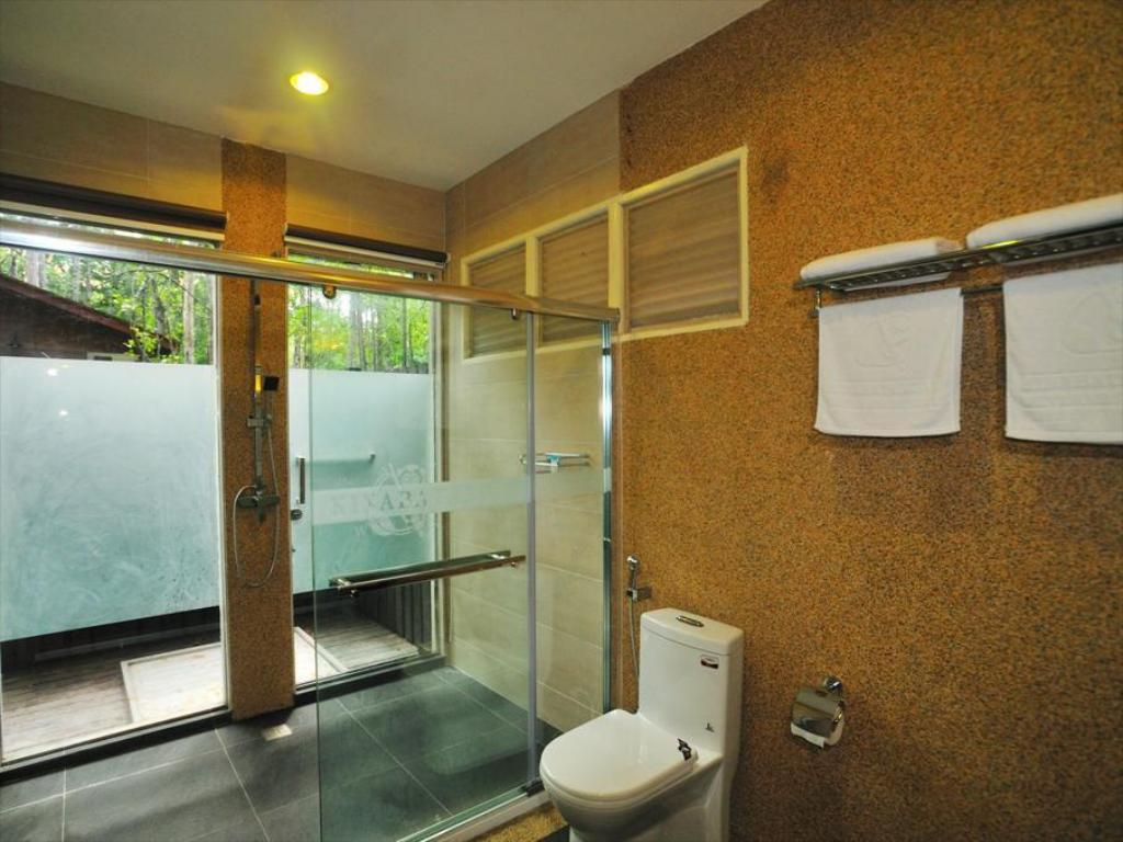 Bathroom Kinabatangan Wetlands Resort