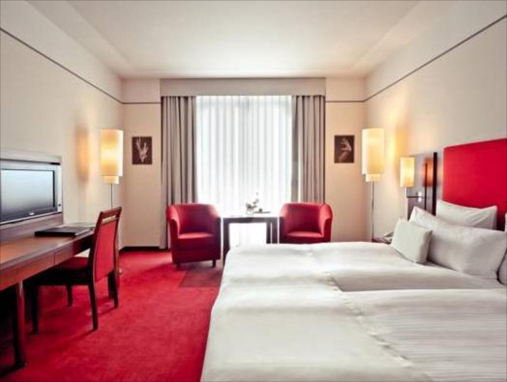 Deluxe Double or Twin Melia Berlin Hotel