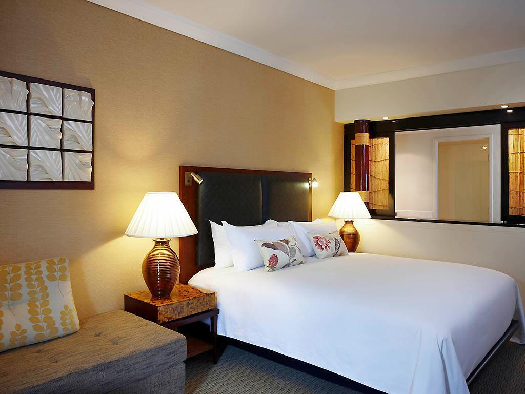Luxury Club with Twin Beds - Bed Sofitel Fiji Resort and Spa