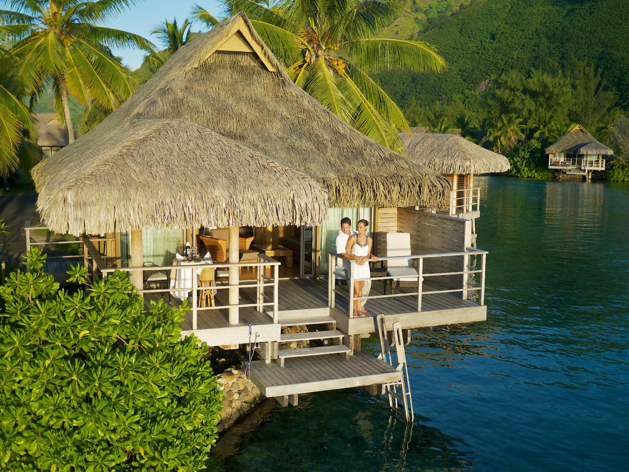 Junior Suite Premium Overwater Bungalow