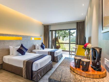 Deluxe Mountain View Room - Guestroom Chatrium Golf Resort Soi Dao Chanthaburi