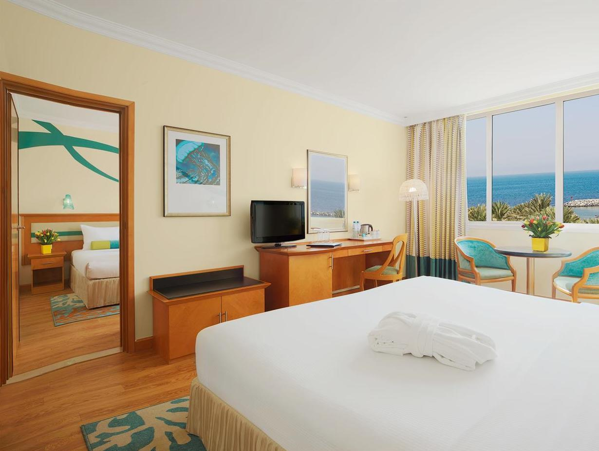 Quarto Familiar com vista sobre o mar (Family Room Sea View)