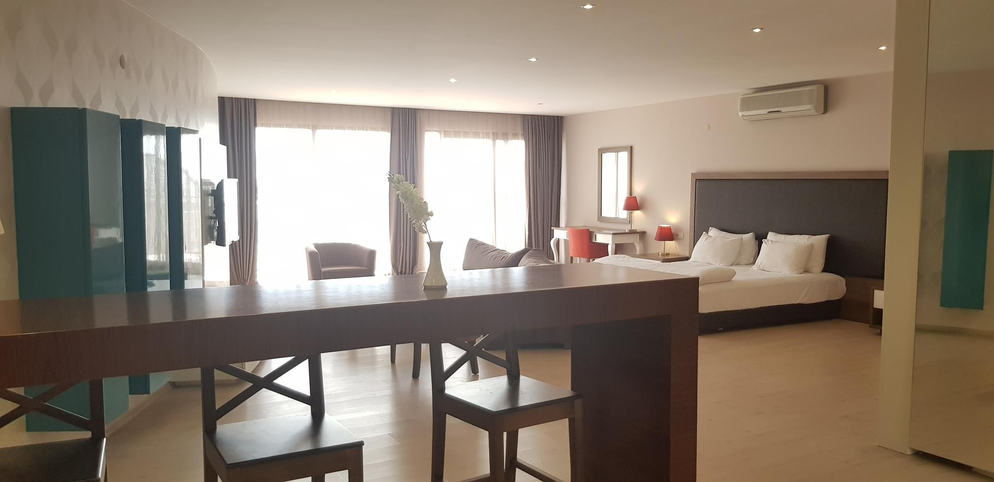 Luxury Superior