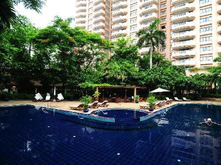 Swimming Pool Outdoor Pantip Suites
