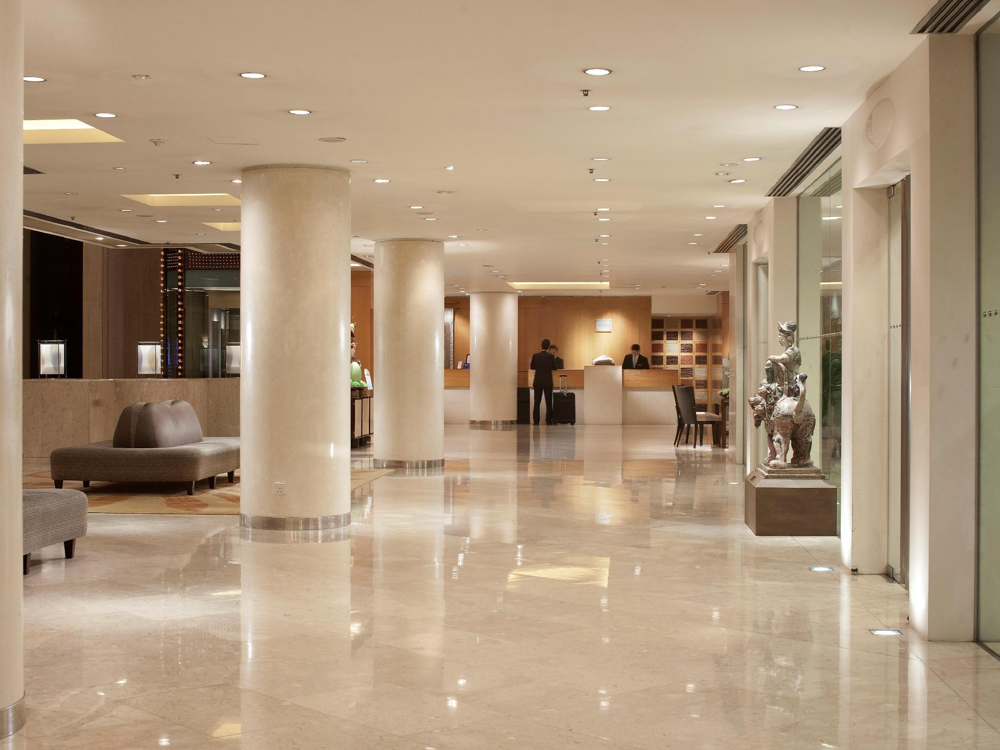 Best Price on Royal Garden Hotel in Hong Kong Reviews