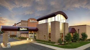 Radisson Hotel Minneapolis/St. Paul North