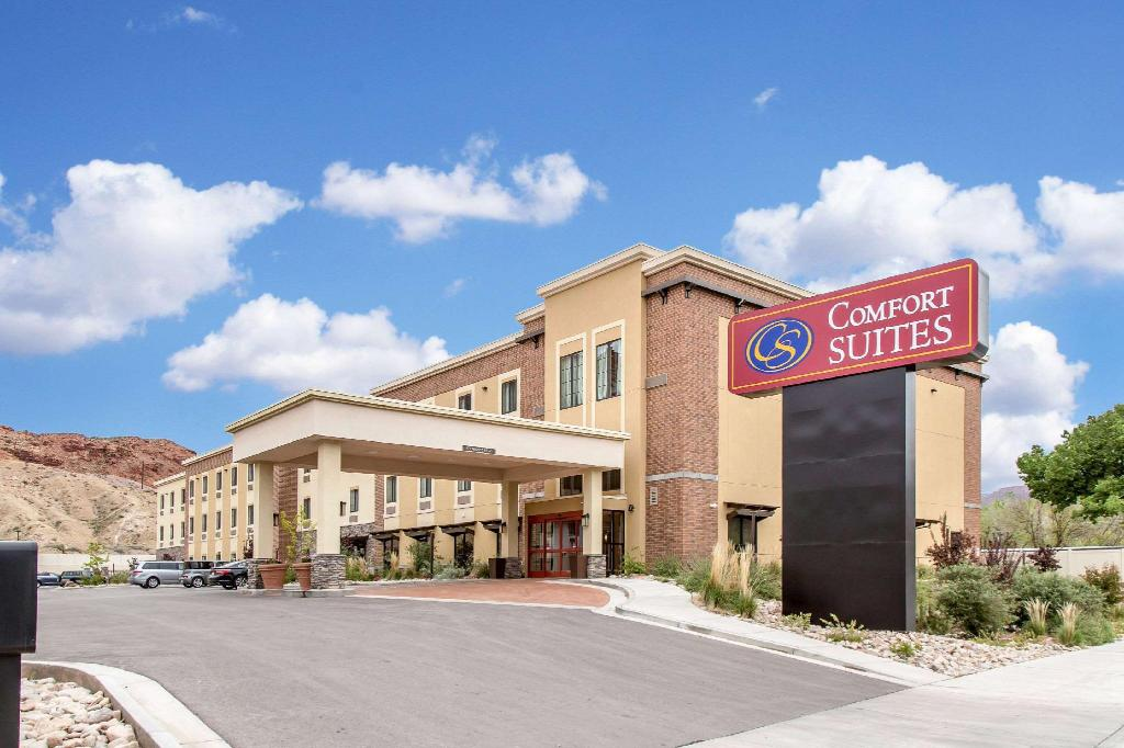 More about Comfort Suites Moab near Arches National Park
