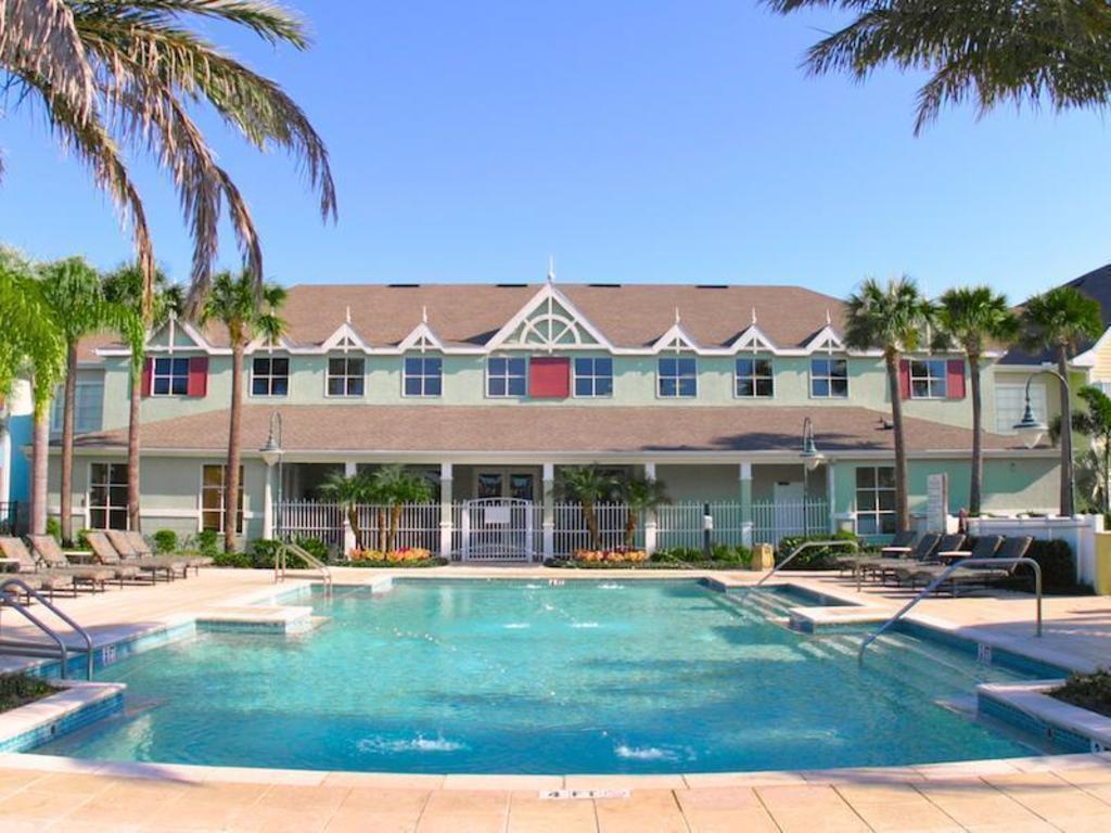 Runaway Beach Resort By Magical