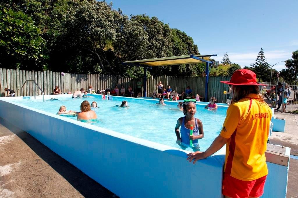 Swimming pool [kids] Fitzroy Beach Holiday Park