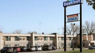 Days Inn by Wyndham St Cloud