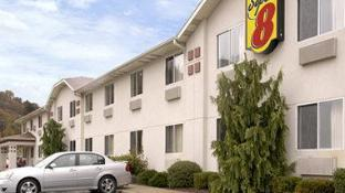 Super 8 By Wyndham Pittsburgh/Monroeville