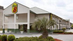 Super 8 By Wyndham Valdosta/Conf Center Area
