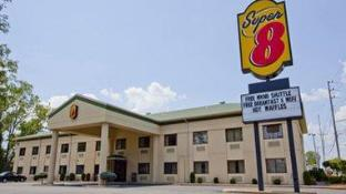 Super 8 By Wyndham Port Clinton