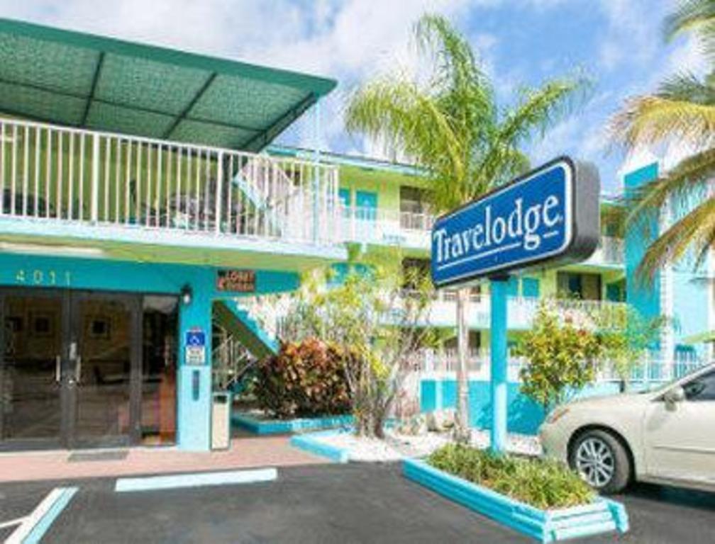 Wyndham Fort Lauderdale Beach Hotel