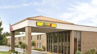 Super 8 By Wyndham Miamisburg Dayton S Area Oh