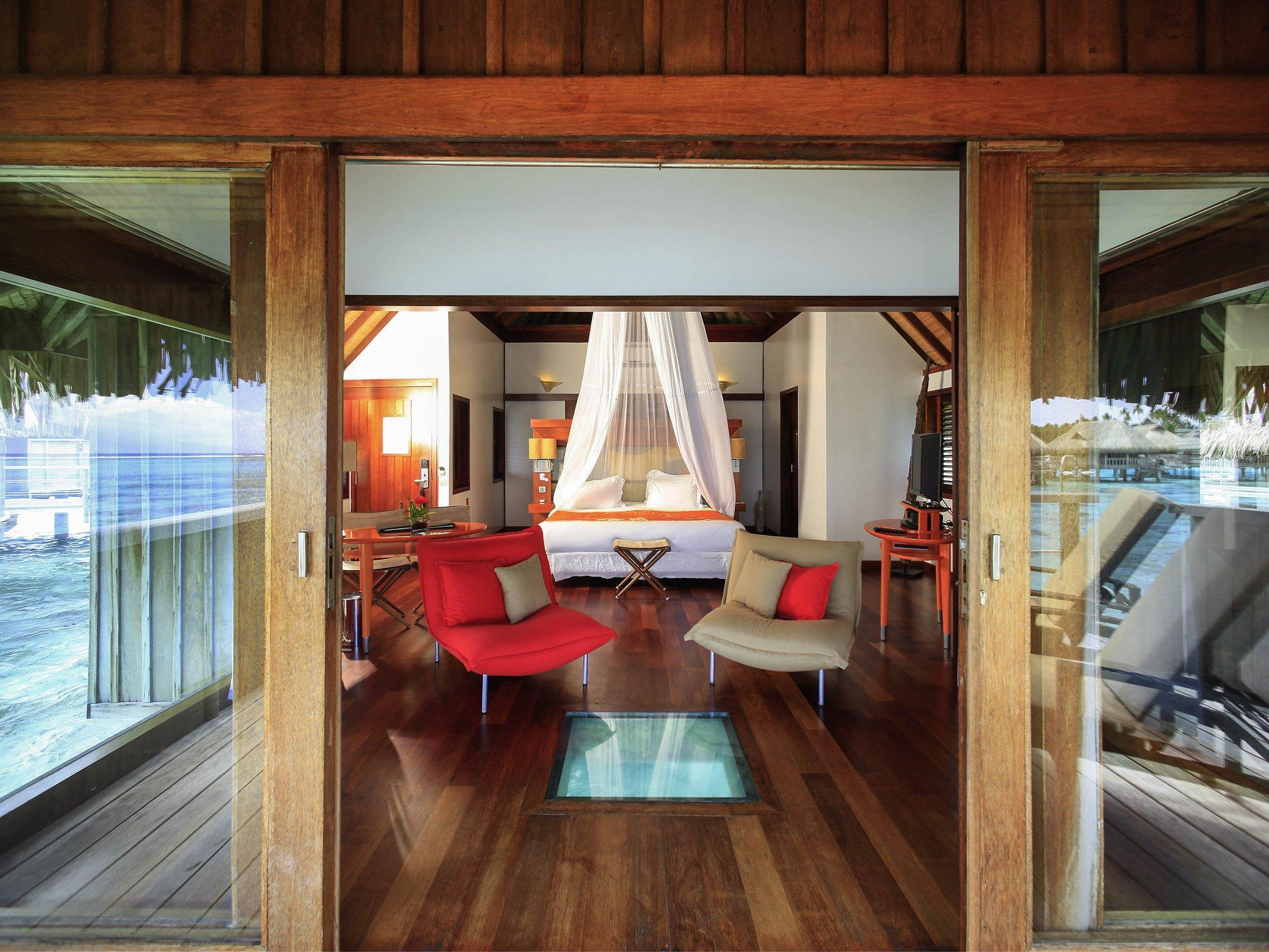 Luxury Horizon Overwater Bungalow, 1 King Bed