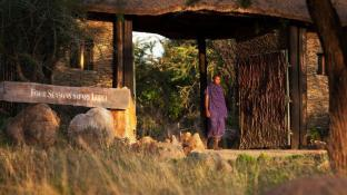 Four Seasons Safari Lodge Serengeti Tanzania