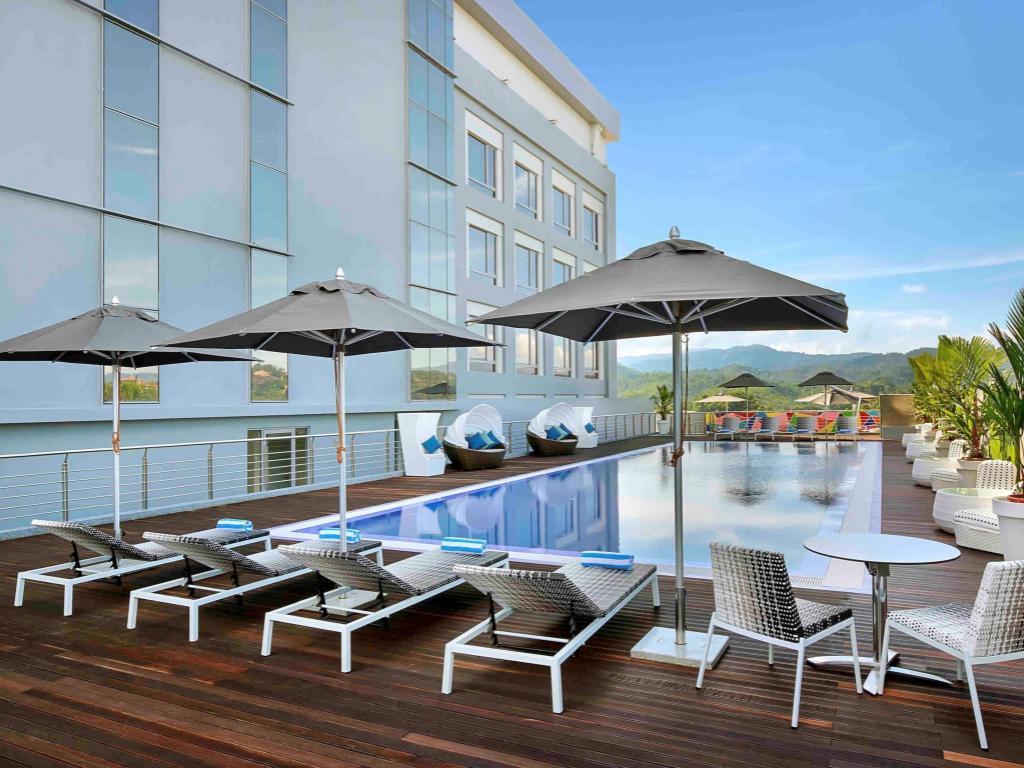 Avangio hotel kota kinabalu managed by accor in malaysia - Swimming pool specialist malaysia ...