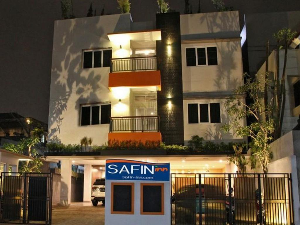 Best Price On Safin Inn In Jakarta Reviews