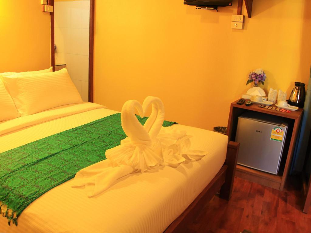 Standard Double - Guestroom The Noi Guesthouse and Restaurant