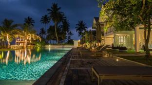 Sri Sharavi Beach Villas and Spa