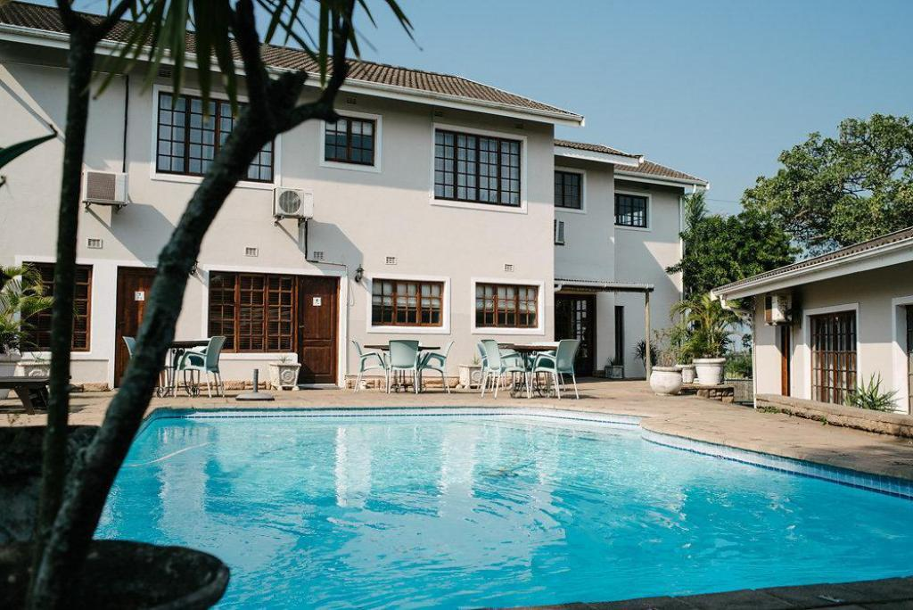 Swimming pool [outdoor] African Sands Guesthouse