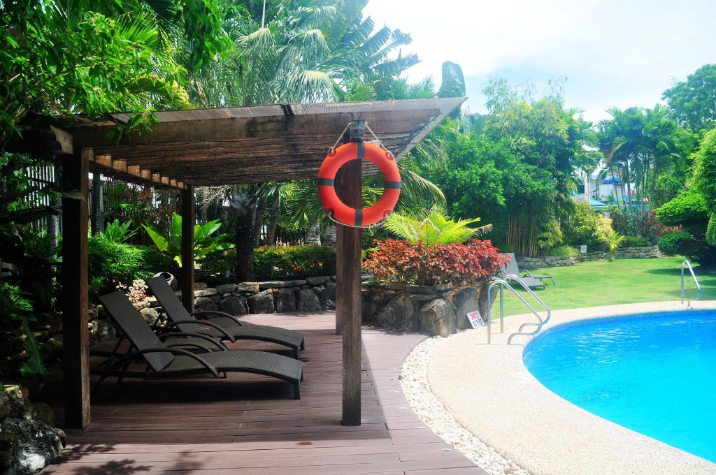 Swimming pool [outdoor] Alona Golden Palm