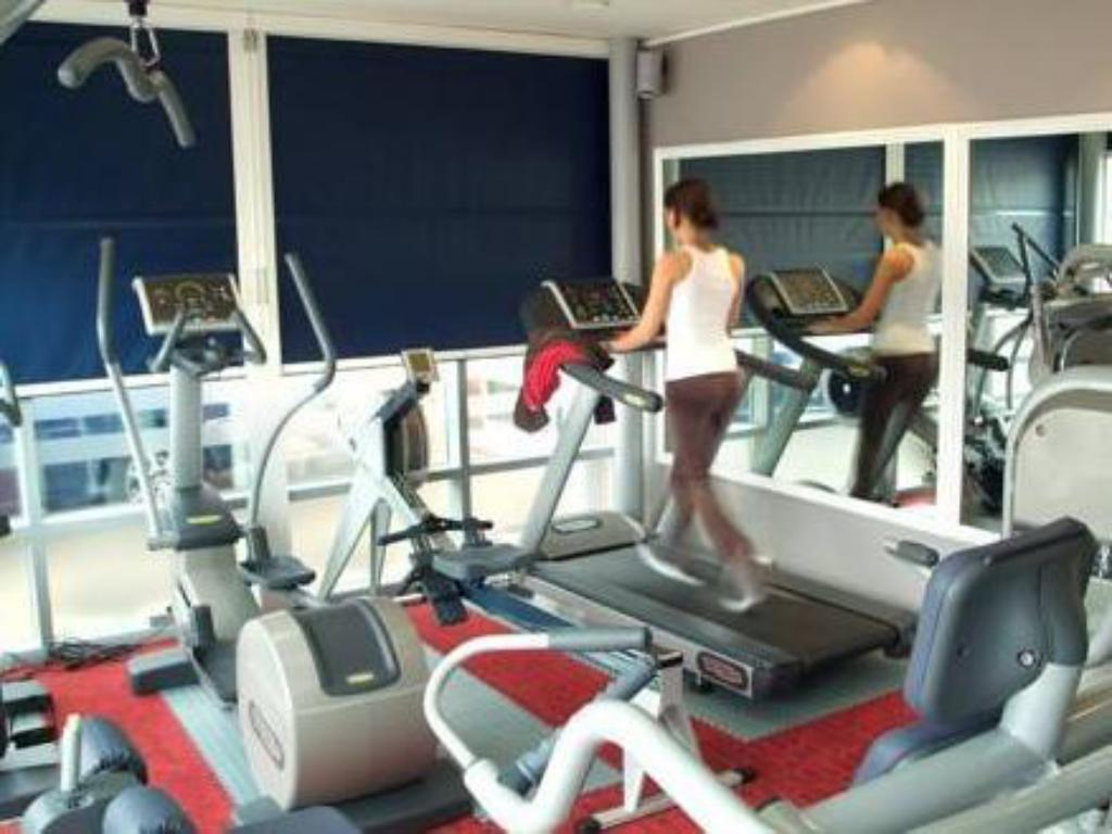 Fitness center Park Inn Birmingham Walsall