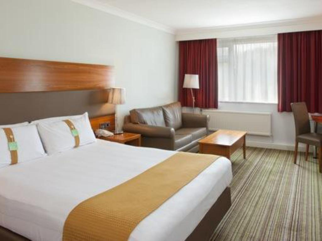 1 Double Bed And 1 Sofa Bed Non-Smoking - מיטה Holiday Inn Newport