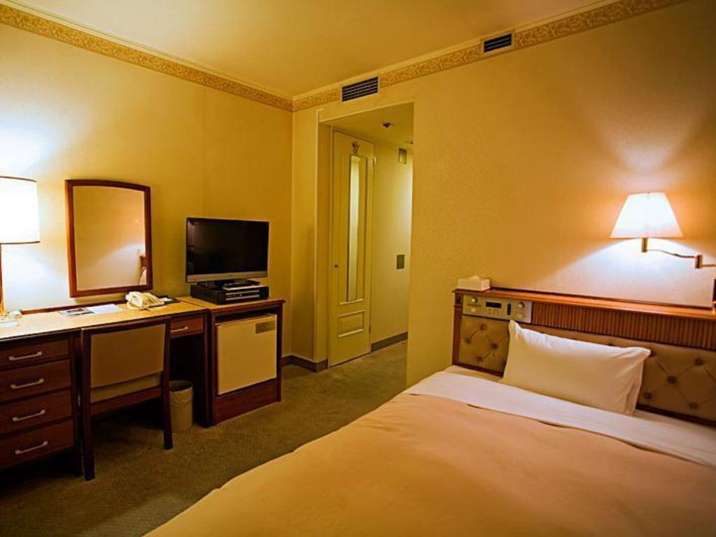Single Non Smoking - Guestroom Hiroshima Grand Intelligent Hotel