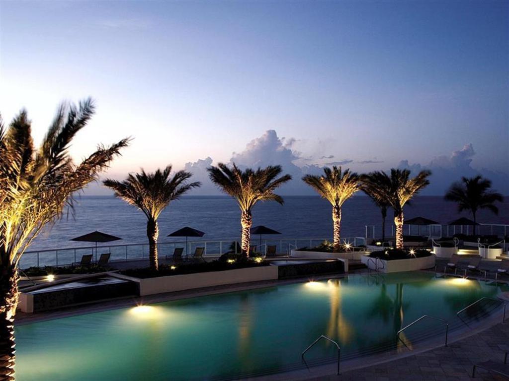 Hilton Fort Lauderdale Beach Resort In Fort Lauderdale Fl Room