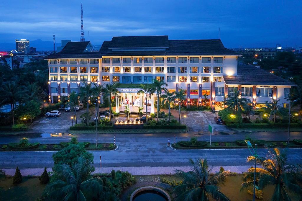 Kết quả hình ảnh cho Khách Sạn Sài Gòn quản bình