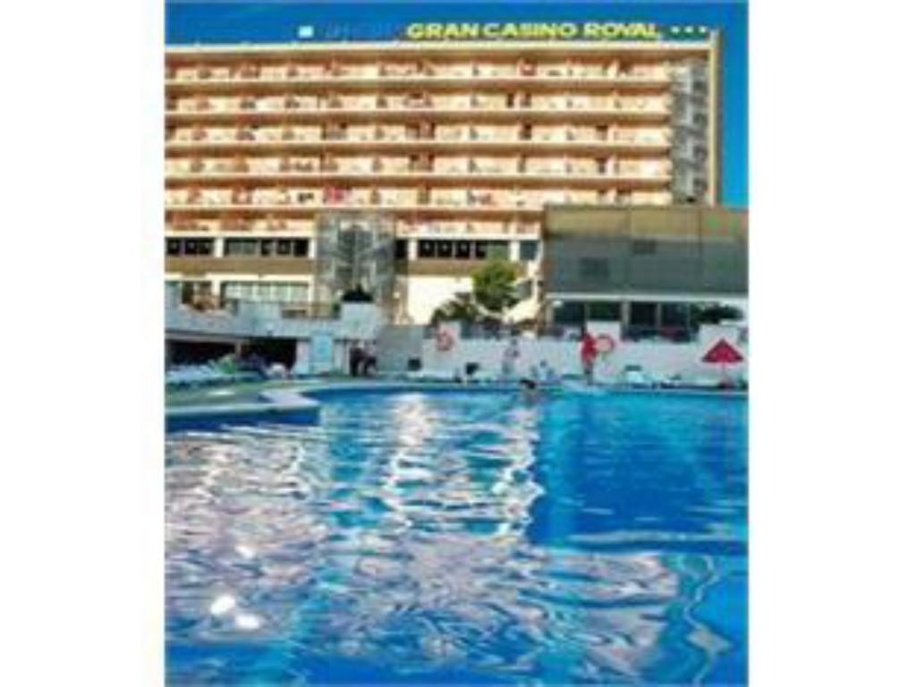 Schwimmbad H·TOP Gran Casino Royal