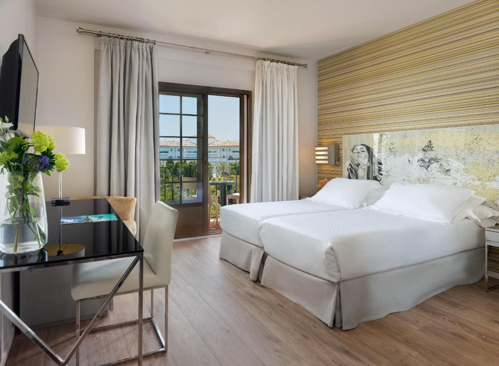 Standard Double - Guestroom H10 Andalucia Plaza - Adults only