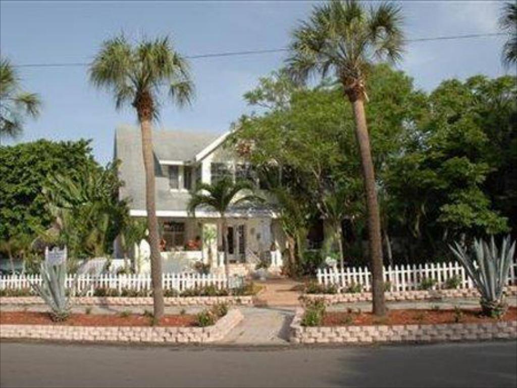 More about Beach Drive Inn Bed & Breakfast
