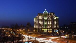 New Century Grand Changchun Hotel