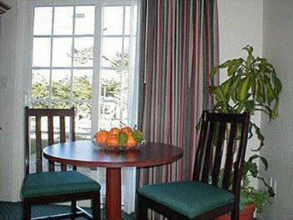 Surprising Bide A Wee Inn And Cottages In Monterey Ca Room Deals Home Interior And Landscaping Ponolsignezvosmurscom