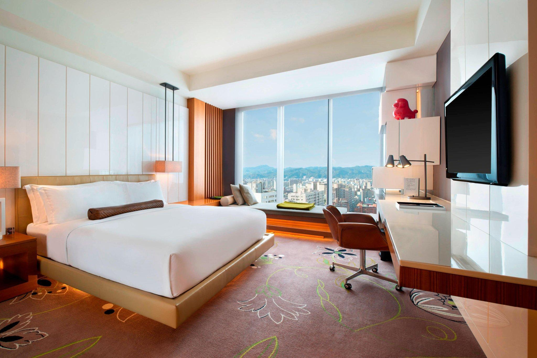 Fabulous Room, Guest room, 1 King, City view