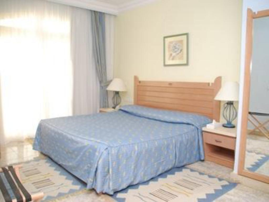 Standard Double Room - Bed Premium Blue Lagoon Resort