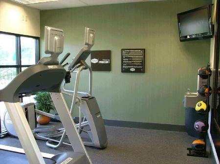 Fitness center Hampton Inn and Suites LA Anaheim Garden Grove