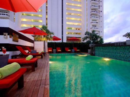 Swimming pool BYD Lofts Boutique Hotel & Serviced Apartment