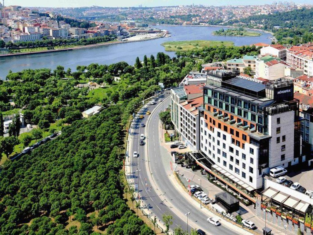 Movenpick Hotel Istanbul Golden Horn (Istambul) - Desde R$ 54 ...